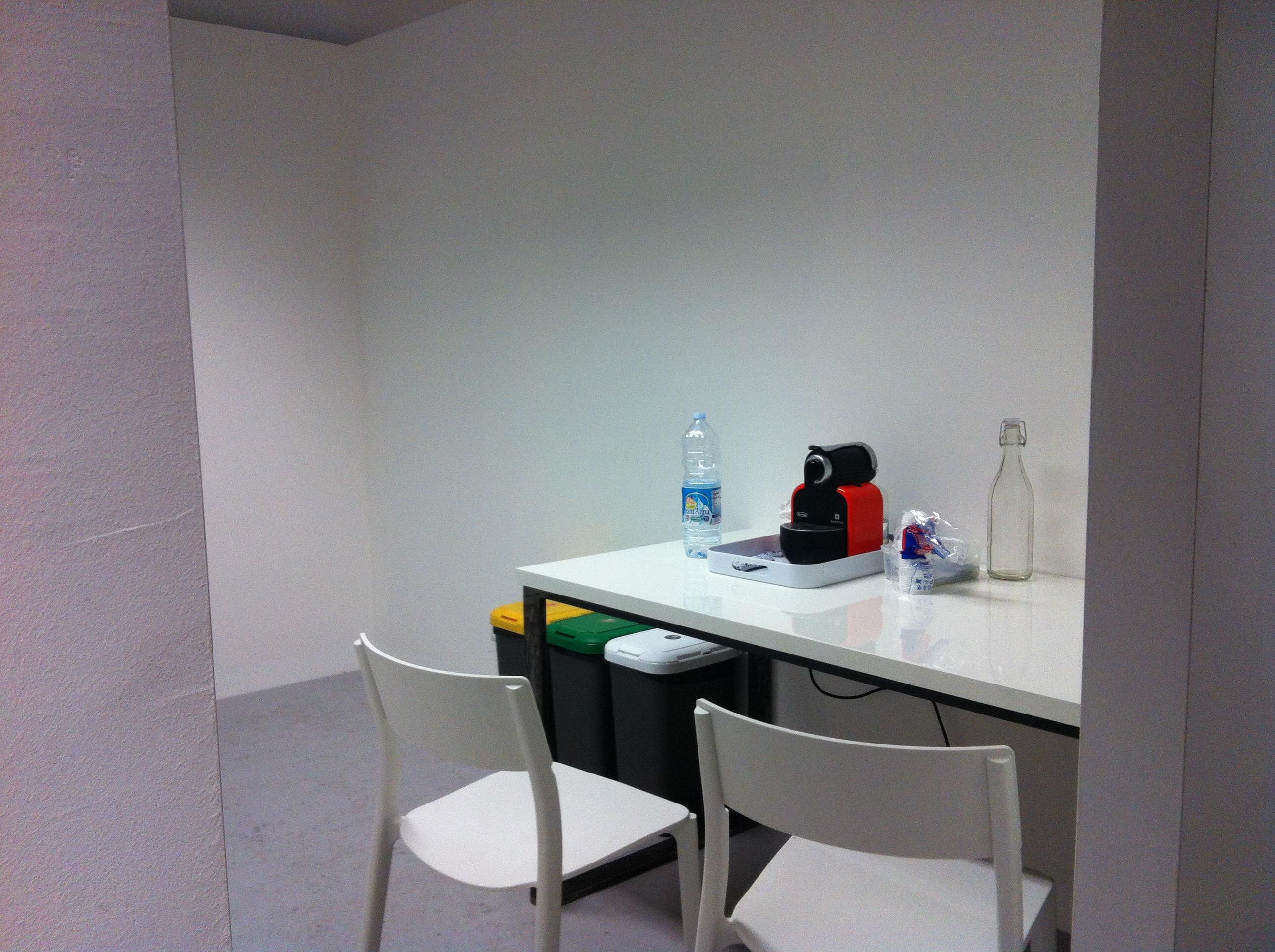 Hub / Spoke coffee room